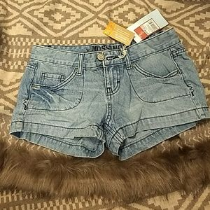 Brand new mossimo shorts